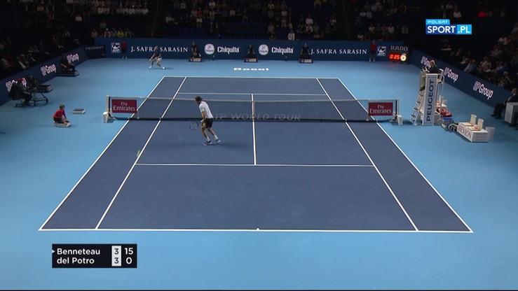 ATP w Bazylei: Widowiskowe akcje Benneteau w meczu z Del Potro