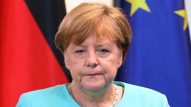 Merkel: dekret Trumpa sprzeczny z ideą pomocy uchodźcom