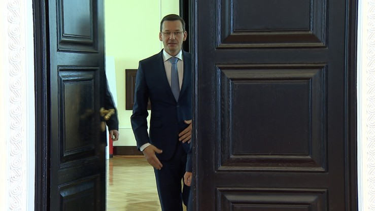"""Morawiecki zrezygnował z wyjazdu do Brukseli na spotkanie ministrów. Zatrzymały go """"obowiązki bieżące"""""""