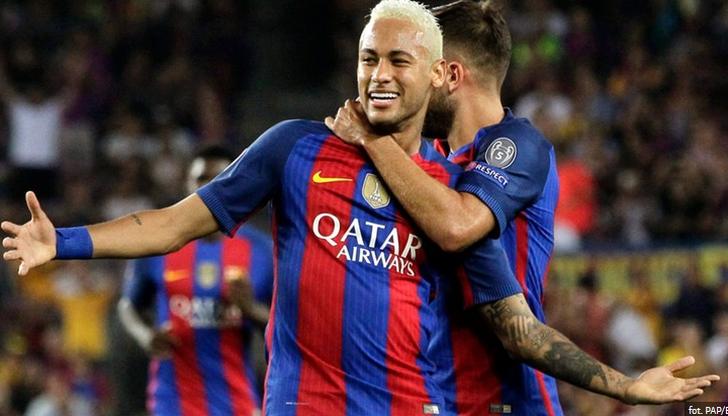 Neymar na celowniku rywali! Jego koszulka ważniejsza od meczu?