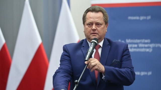 Zieliński: policja opublikowała wizerunki tylko podejrzewanych o złamanie prawa