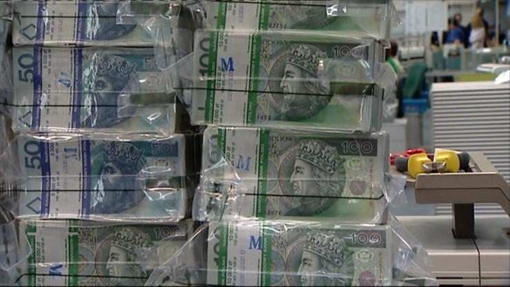 Tegoroczny deficyt budżetowy większy o 3,9 mld zł