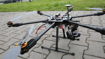 07-05-2016 21:19 Policja rozpoczęła testy dronów. Będą wyłapywać pieszych i kierowców