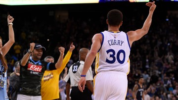 2015-11-28 NBA: Siedemnasta wygrana z rzędu Golden State Warriors