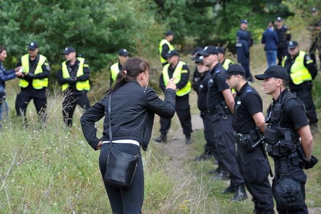 Przepychanki z policją zamiast wizji lokalnej