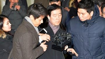 10-01-2017 06:23 Prokuratura przesłuchała szefów koncernu Samsung. Skandal korupcyjny w Korei Płd.