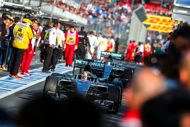 Lewis Hamilton wygrał Grand Prix Australii