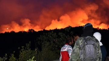 19-07-2017 21:04 Kolejny dzień walki z pożarami w Czarnogórze. W walce z żywiołem pomagają strażacy z innych państw