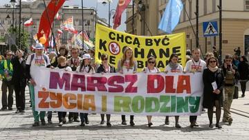 """15-05-2016 15:30 """"Każde życie jest bezcenne"""". Marsze dla Życia i Rodziny w Polsce"""