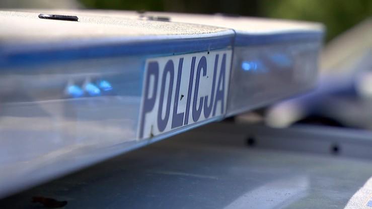 Policja odzyskała broń utraconą przez funkcjonariusza w tramwaju. Zatrzymano 56-latka