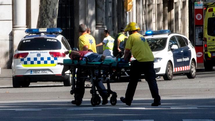 Furgonetka wjechała w tłum ludzi w Barcelonie. Są zabici i wielu rannych. Agencja AMAQ: do ataku przyznało się Państwo Islamskie