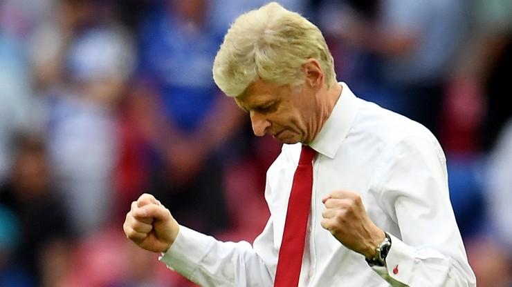 Media: Wenger zostanie w Arsenalu na kolejne dwa lata