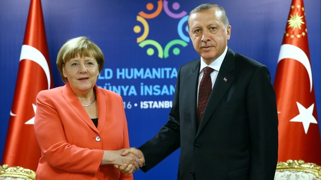 Merkel: do 1 lipca Turcja nie spełni warunków zniesienia wiz do UE