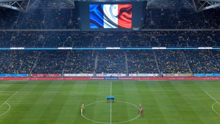 Marsylianka i czarne opaski - towarzyskie mecze z paryską tragedią w tle