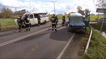 Zderzenie busa z samochodem osobowym w okolicach Milejowa