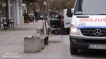 20-03-2017 11:36 Cofając uderzył w wózek. Matka i dziecko trafili do szpitala
