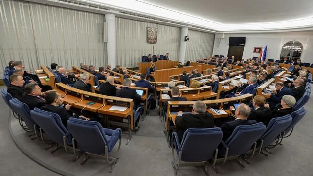 Senat przyjął bez poprawek ustawy ws. połączenia funkcji ministra sprawiedliwości i Prokuratora Generalnego