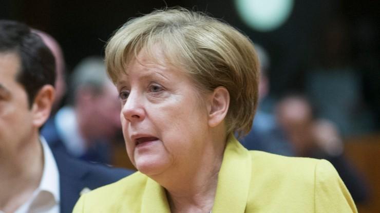 Rośnie poparcie dla przeciwników migracji, spada dla CDU i SPD