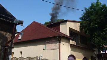 12-08-2017 18:02 Napalił w piecu... dopalaczami. Policjanci stali przed sklepem