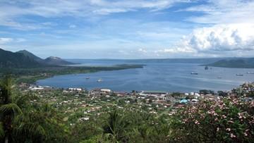 13-07-2017 06:24 Silne trzęsienie ziemi w pobliżu miasta Rabaul w Papui Nowej Gwinei