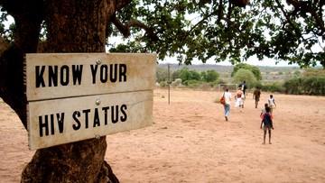 01-08-2016 10:50 Eksperci: do 2030 roku nie pokonamy AIDS