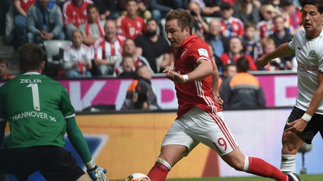 Liga niemiecka - Mario Goetze doznał pęknięcia żebra