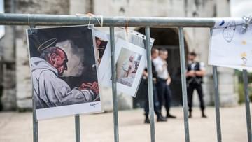 01-08-2016 07:13 Zabójstwo księdza w Normandii - wszczęto śledztwo przeciwko dwóm zatrzymanym