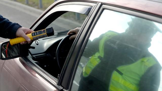 Policja: Długi weekend na drogach - prawie 1,3 tys pijanych kierowców