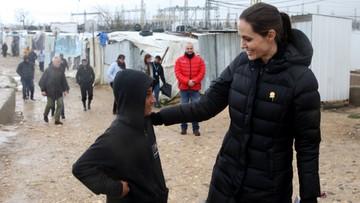 15-03-2016 17:05 Angelina Jolie w obozie dla uchodźców