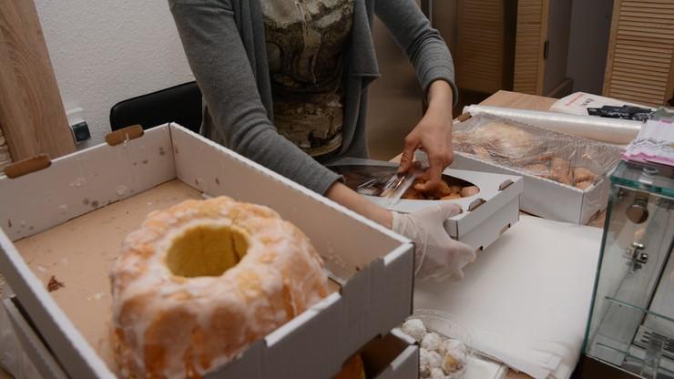 Wyrzucane z restauracji jedzenie trafia do potrzebujących. Akcja studentów SGH