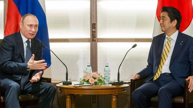 Rosja i Japonia zakończą spór o Kuryle?