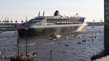 12-06-2017 12:32 73-letni żeglarz zmagał się ze sztormem. Uratował go liniowiec Queen Mary 2