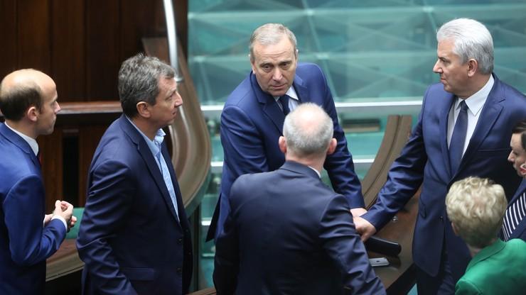 Opozycja chce zwołania na piątek posiedzenia komisji ds. UE w sprawie decyzji KE
