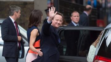 13-07-2016 18:50 Królowa przyjęła dymisję Davida Camerona