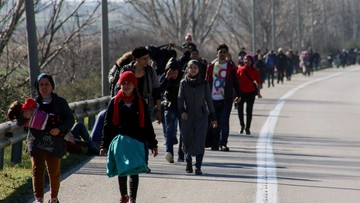23-02-2016 13:16 Do Grecji i Włoch przybyło w tym roku już około 110 tysięcy migrantów