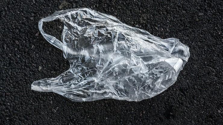 Kolejna procedura KE przeciwko Polsce. W sprawie plastikowych toreb i odkrywki kopalni