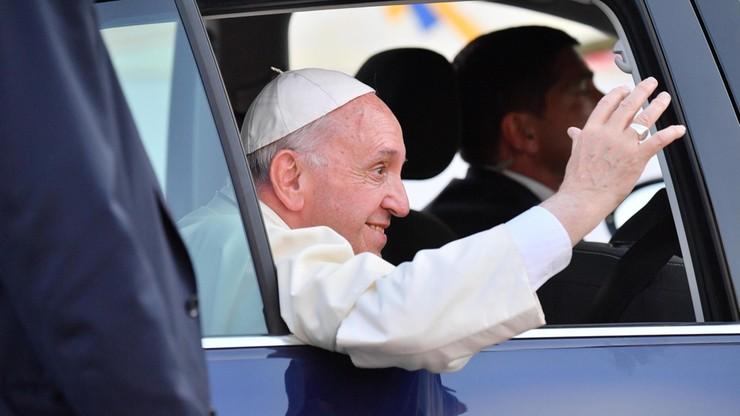 Prasa: papież zmuszony do rezygnacji z podróży do Sudanu Południowego