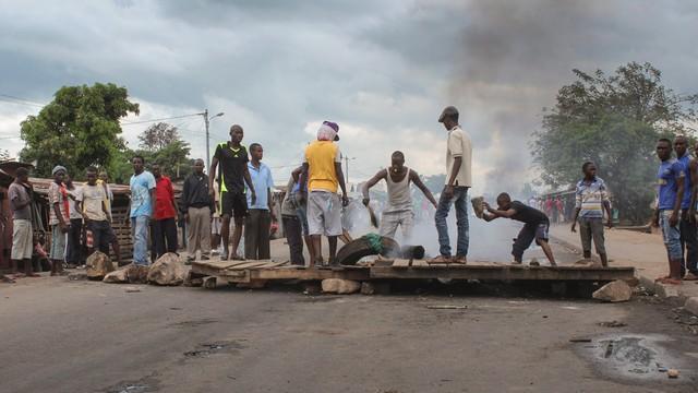 Burundi: fiasko puczu, groźba wojny i ludobójczych pogromów