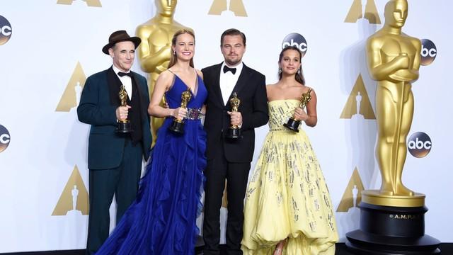 USA: Oscar dla Spotlight za najlepszy film. DiCaprio z pierwszą statuetką