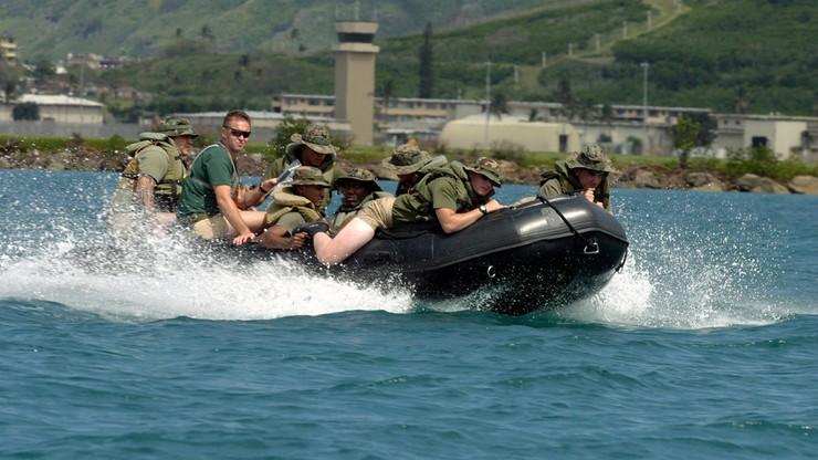 Na rosę, mróz i upał, do napompowania w 8 minut - 204 pontony dla Obrony Terytorialnej