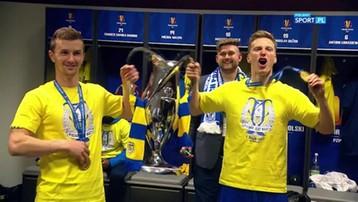 2017-05-02 We Are the Champions w szatni Arki Gdynia (WIDEO)