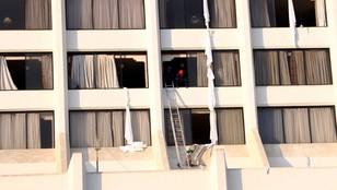 Pakistan: 11 zabitych, 75 rannych w pożarze hotelu w Karaczi