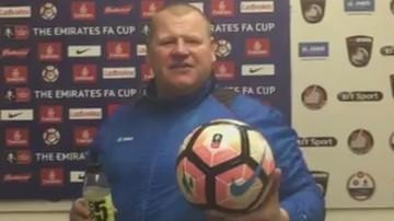 2017-02-21 Afera bramkarza z ciastkiem zebrała żniwa! 45-latek opuścił Sutton United
