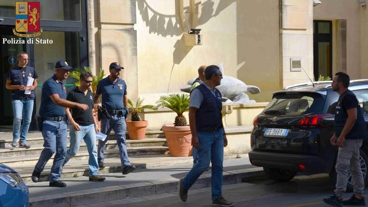Sycylijscy strażacy podejrzani o podpalenia. Wyłudzali w ten sposób rządowe pieniądze