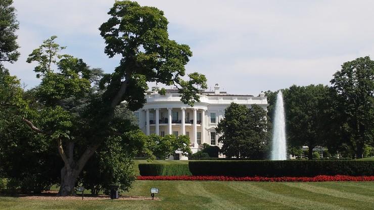 16 minut - tyle czasu przebywał intruz na terenie wokół Białego Domu