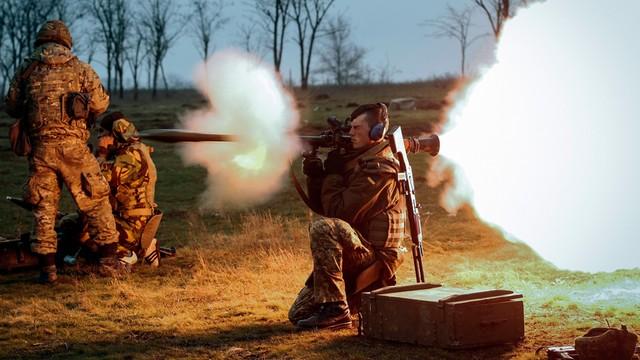 Ukraina: Przywódcy ŁRL i DRL podpisali porozumienie o wycofaniu broni