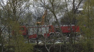 20-04-2016 14:08 Pożar wysypiska w Wałbrzychu. W ogniu 600 metrów kwadratowych powierzchni
