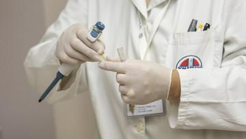 Biedny jak lekarz? Lekarze stażyści zarabiają mniej niż kasjerzy