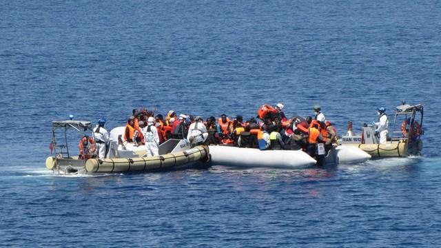 Do Grecji i Włoch dotarło już w tym roku około 110 tysięcy migrantów