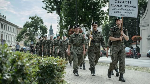 Marsz w 100. rocznicę bitwy legionistów pod Jastkowem